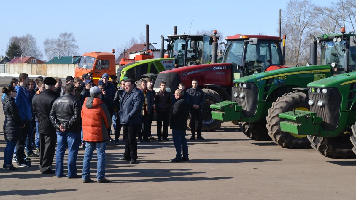 Михайловские школьники и студенты побывали на экскурсии в ООО «Курсор»