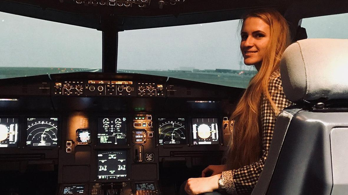 Юлия Никитушкина из Пителинского района в 20 лет стала пилотом «Аэрофлота»