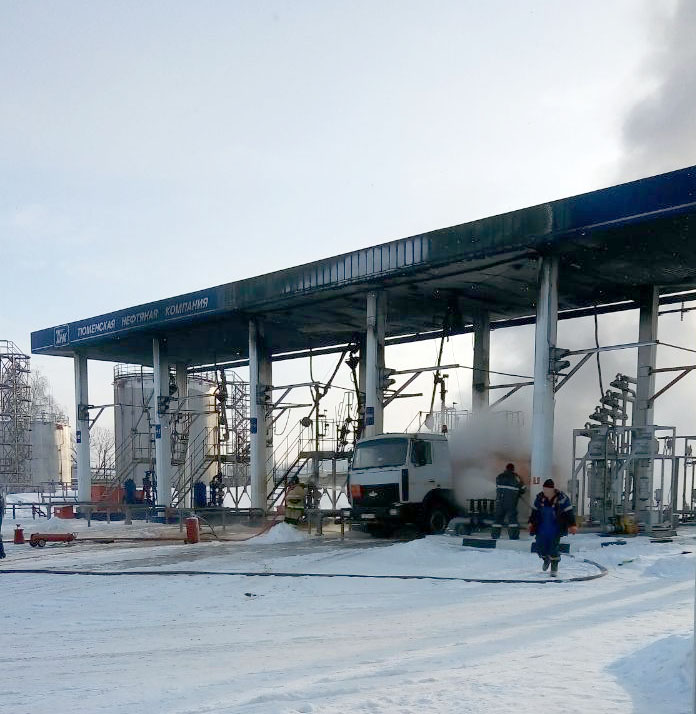 Ряжск. Пожар на нефтебазе