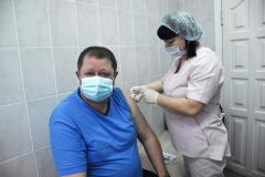 v-sasove-ot-koronavirusa-privito-bolee-700-gorozhan-4