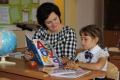Alisa-Blohina-i-uchitel-Olga-Morozova-kopiya