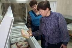 Зам главы администрации района Ирина Кирсанова с проверкой в школе