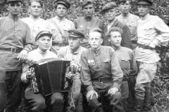 iyul-1945-g.-na-sborah-uchitelej-po-voennoj-podgotovke.-lebedyan2