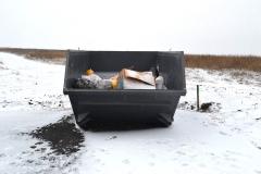 bolshoj-kontejner-na-povorote-v-Armyanskij-poselok