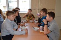 ryazhsk.-roditeli-proverili-shkolnuyu-stolovuyu-dsc_2294_1