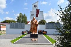 pitelino-obustrojstvo-memoriala-voinam-osvoboditelyam-pogibshim-v-gody-vov