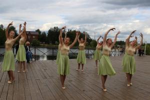 Танец Агафонова
