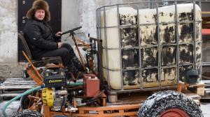 Чебурашка - самодельная машина для заливки льда
